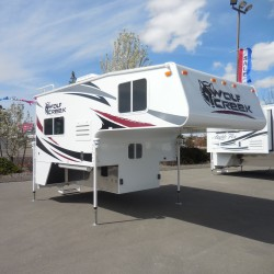 2015 WOLF CREEK 850 CAMPER