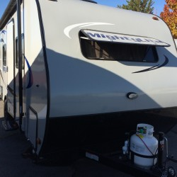 2016 MIGHTY LITE 16RB TRAVEL TRAILER