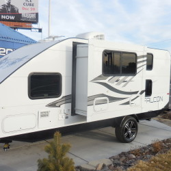 2018 TRAVEL LITE F-24BH Hurry in and get this at Close Out Pricing $17,385.00